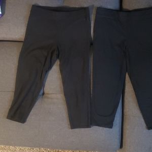 Victoria's Secret Pink cropped leggings. Both med